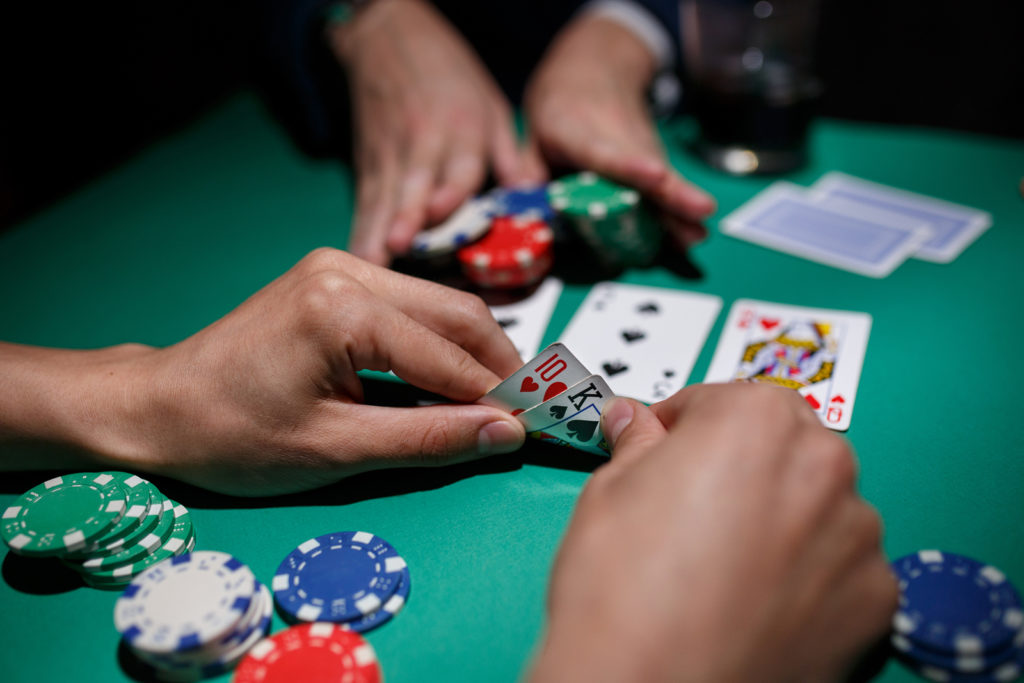 You Don't Should Be A Big Corporation To start Casino