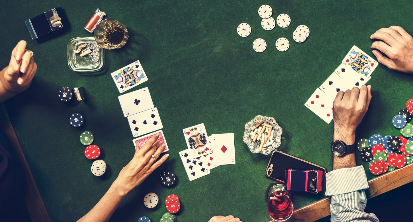 Eight Essential Parts For Gambling